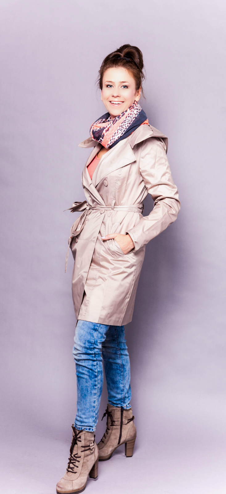 Women raincoat - beige